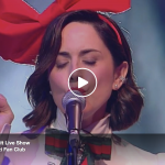 "Paola Iezzi live con ""Blue Christmas"" a Stracult Live Show – video"